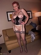This kinky cougar loves her holes filled