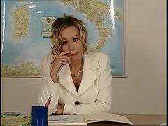 Antonella Del Lago - La prof di anatomia