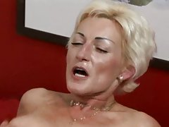 Mature pussy for hot guy