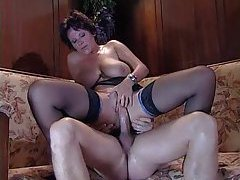 Young fucker for mature lady