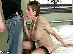 Mature whore sucks red dick