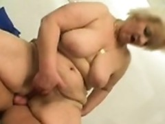 Aged woman with big bum wants more young cock