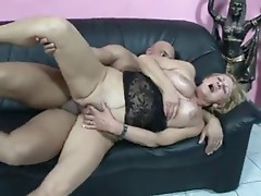 DIRTY GRANNY GETS FUCKED BY MUSCLE GUY