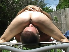Milf facesitting outside