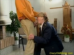 Horny old dame gets drilled and creamed