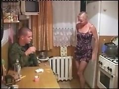 Russian milf's cunt is banged by an ex-serviceman