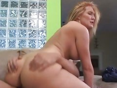 Raunchy Morgan Reigns bounces her pussy on a huge dick