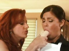 Michelle Avanti and Shannon Kelly molesting housemaid