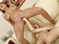 Alison Star and Bianca Golden love with full hands fuck