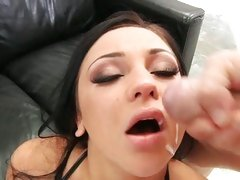 Audrey Bitoni facial with a hot spurt of cum