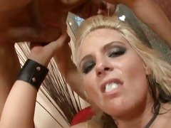 Phoenix Marie blonde chick got face cream