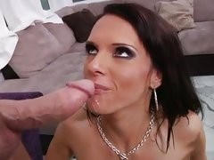 Jennifer Dark hot babe spunk up in the face