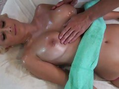 Lexi Swallow get her body rub with lotion by hot guy