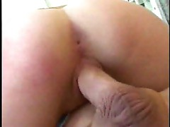 Redhaired bitch knows to suck and fuck