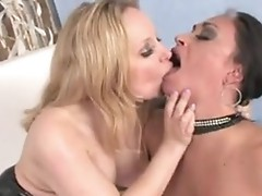Aiden Starr and Claudia Valentine love cum facial
