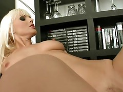 Very hot Blonde is so Horny sthat guy wants to rub her soaked pussy!