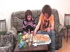 Chap eats pizza and copulates drunken old bug