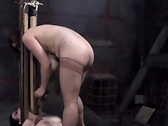 A spreader bar