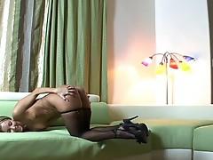 Aaliyah Love shakes her round Booty