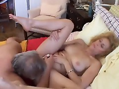 Close up pussy fucked mature babe