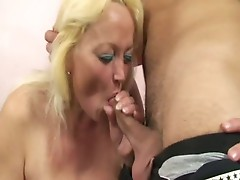 Old Blonde floozy acquires hammered