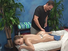 Anne seduced and made love by her massage therapist on hidden camera