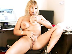 Unshaved Mom at home cookie rub