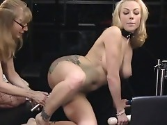 Adrianna Nicole Anal plug foe gazoo and vibra-holeieretor for fur pie