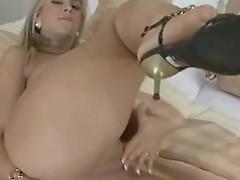 Breathtaking Babe loves dildoing her rump beside the dildo