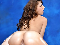 Hot, sexy brunette Lexi gives a massage and the little extra!