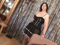 Kinky Josee has a mouth full of cum