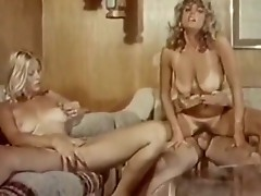 Seka seduces lovely blonde inside vintage explicit