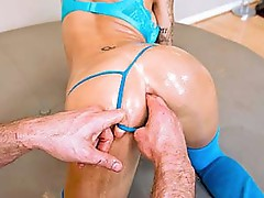 Wide open ass free porn
