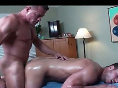 Super hot bodied guy gets oiled for gay fuck
