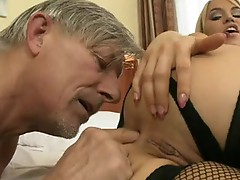 Aleksa Diamond open wide her legs and acquire smutty cleft take up with the tongue
