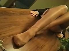 Lengthy leg pleasures