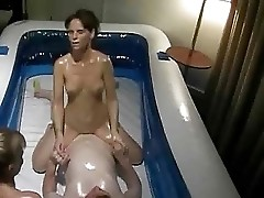 Couple playing with oil and fuck