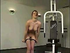 Brunette bitch loves working out