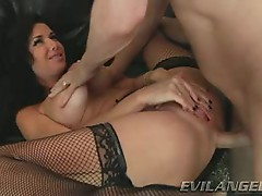Rampant Veronica Avluv enjoys a rough anal pounding