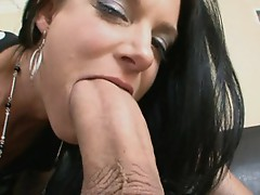 Hard inward and deep snatch of India Summers is stretched wide by a huge dick