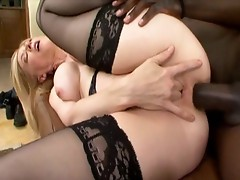 Nina Hartley gets rammed up her MILF pooper