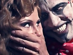 Brooklyn Lee is cocked by a horny clown