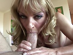 Shayla Laveaux is sensational as she fucks