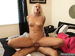 Randy Vanessa Cage bounces her pussy on this hard prick