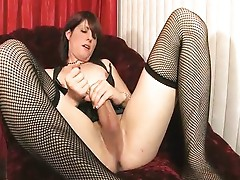 Shemale Amy Daly masturbating