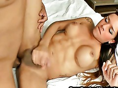 Asshole drilling sexy shemale