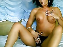 Vicki Vixen amateur striptease ll