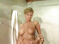 Raylene Richards bathroom