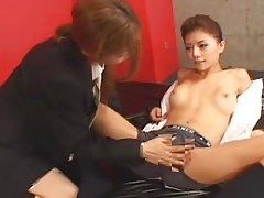 Japanese girls kiss820-2