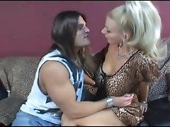 Gentlemen like to hump blonds as Brittany Andrews